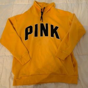 pink sweatshirt (used)